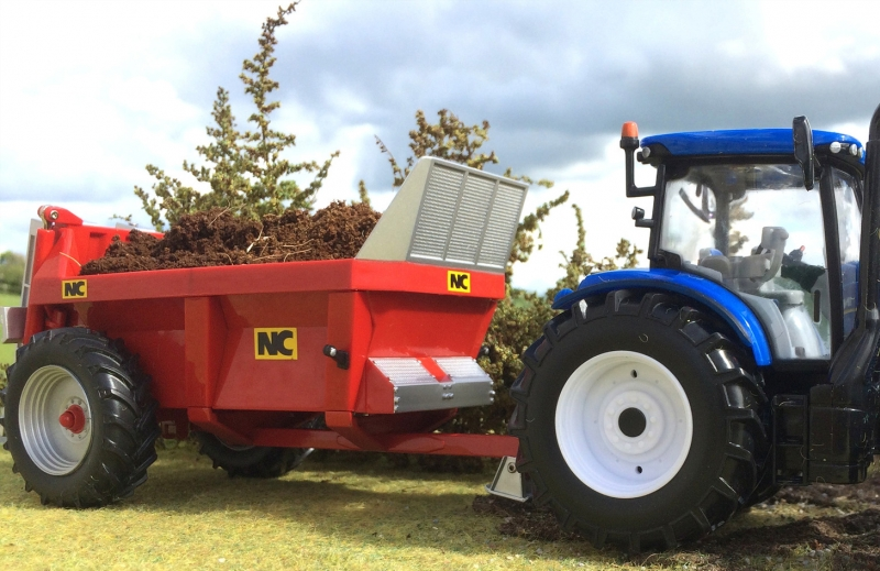 Britains Manure Spreader