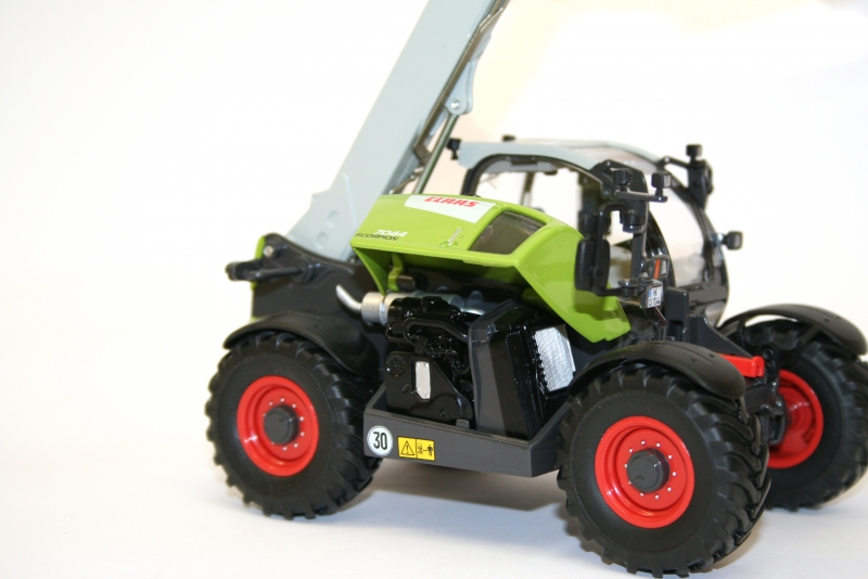 WIKING 7347 Claas Scorpion 7044 Engine Detail